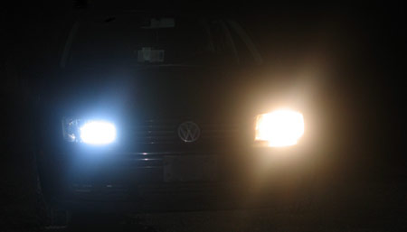 A car with only one working headlight and one Autoeyes Temporary Headlight